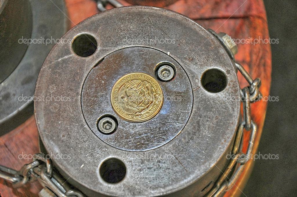 Prägen Von Münzen Attraktion Prägen Sie Sich Zu Jedem Jubiläum
