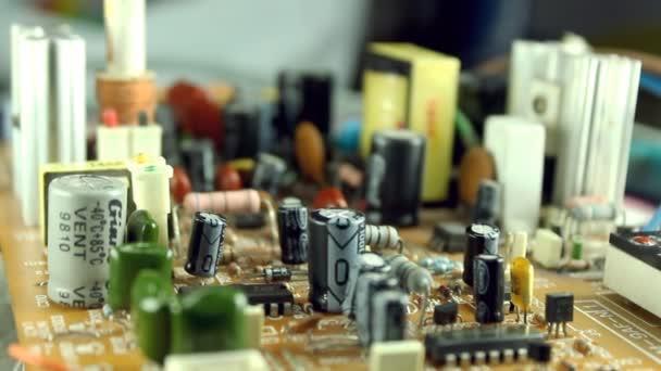 Elektronikus áramköröket Dolly lövés