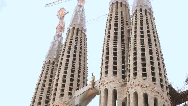 Obnova slavného chrámu sagrada familia v Barceloně