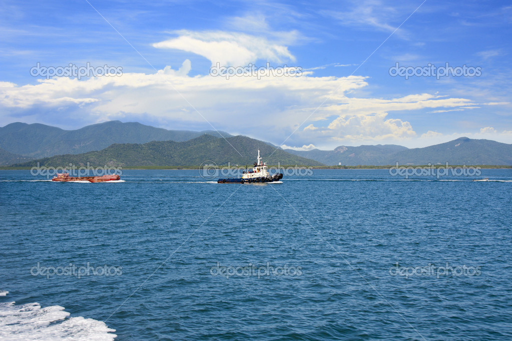 tug boat towing