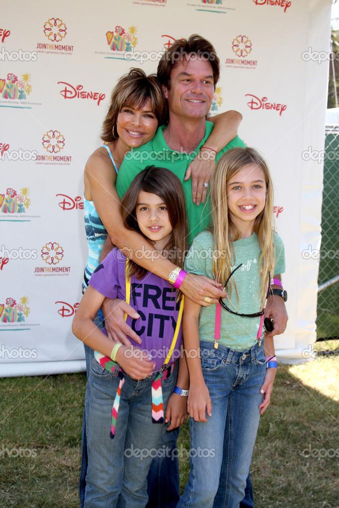 Lisa Rinna, Harry Hamlin, daughters – Stock Editorial Photo