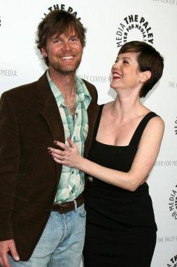 Peter Krause & Zoe McLellan