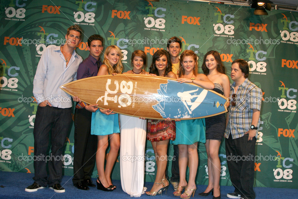 the secret life of a teenager cast
