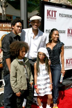 Jaden, Trey, Willow, Will and Jada Smith