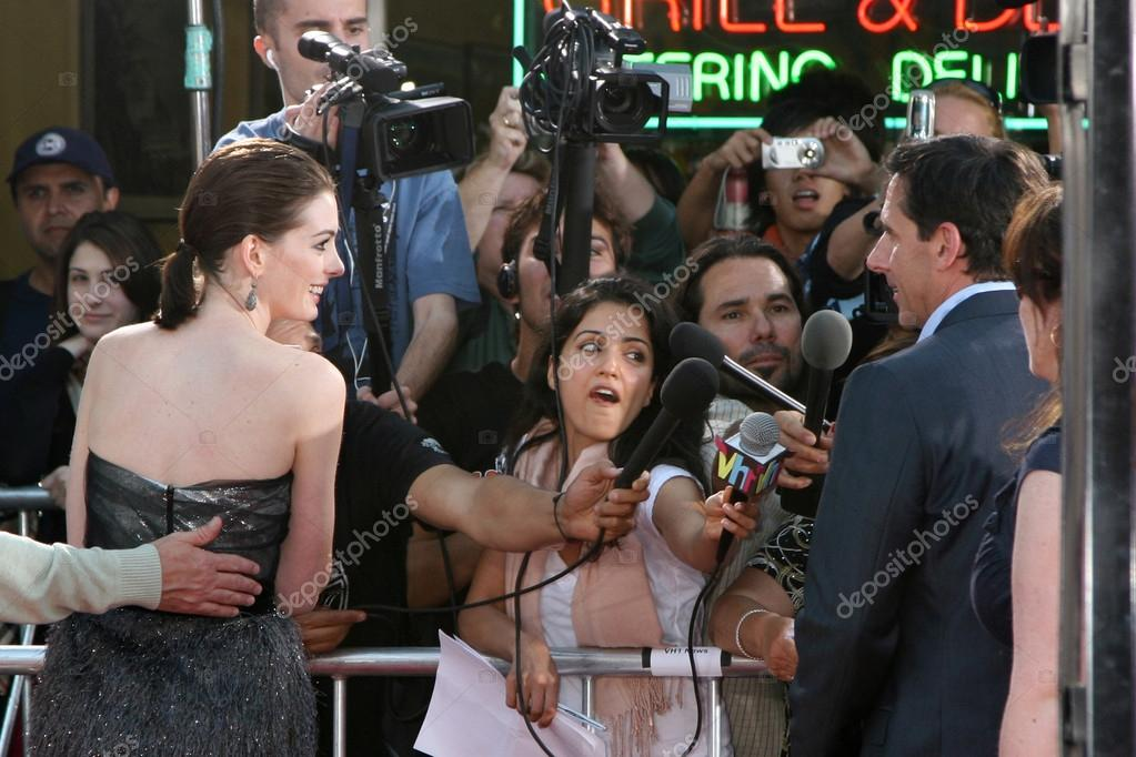 Anne Hathaway Steve Carell Stock Editorial Photo
