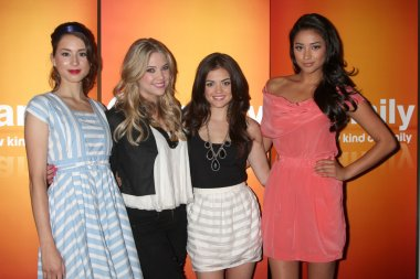 Troian Bellisario, Ashley Benson, Lucy Hale, Shay Mitchell