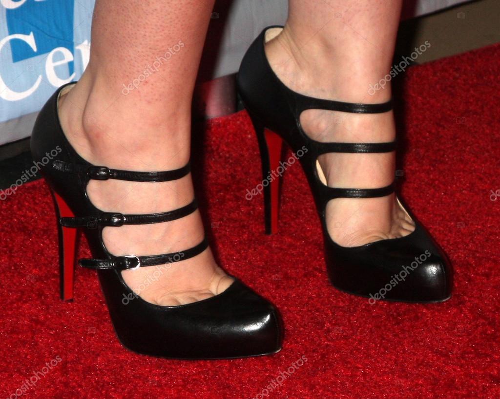 Lesbian stiletto heel in hole