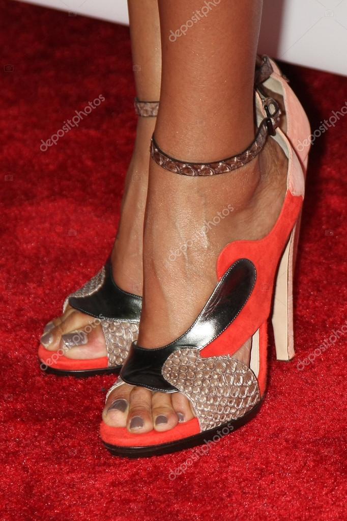Gina torres feet