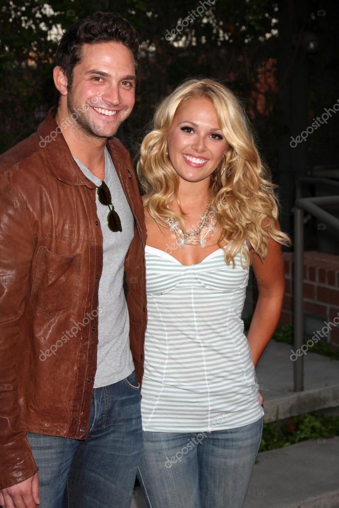 Natalie Hall And Brandon Barash Dating