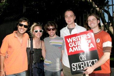 Big Bang Theory Cast & Jason Ritter