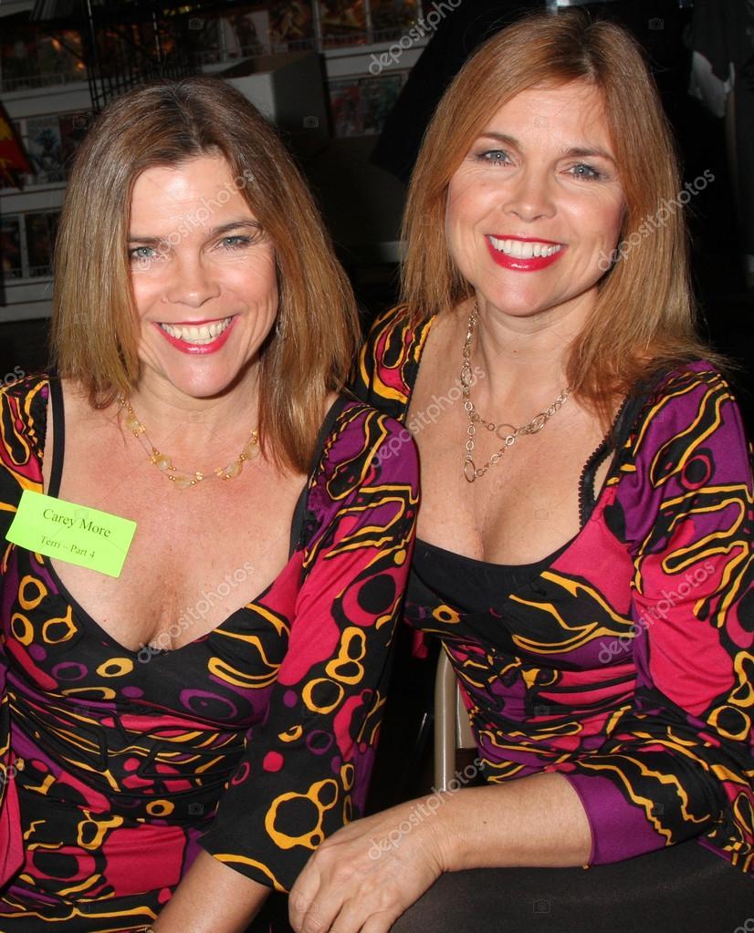 Camilla and Carey More nudes (49 photos), Sexy, Paparazzi, Boobs, bra 2006