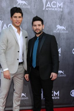 Dan Smyers, Shay Mooney, Dan & Shay