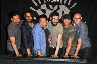 Linkin Park, Mike Shinoda, Rob Bourdon, Joe Hahn, Brad Delson, Dave Farrell, Chester Bennington