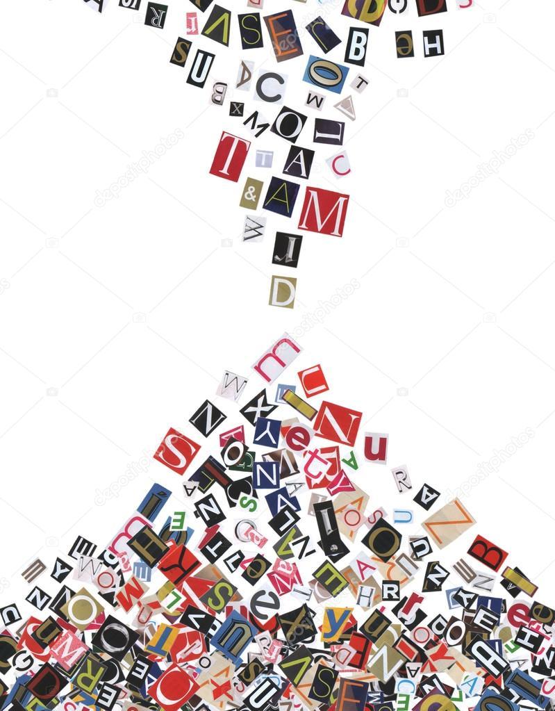 Rahmen, aus Zeitung Briefe, isoliert auf weiss — Stockfoto © Tsyhund ...