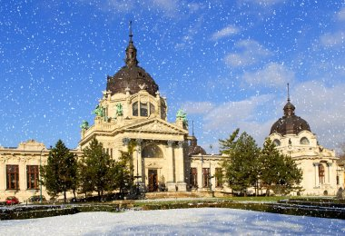 The Szechenyi Spa at winter, Budapest