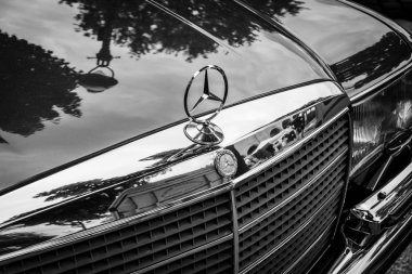 Luxury car Mercedes-Benz