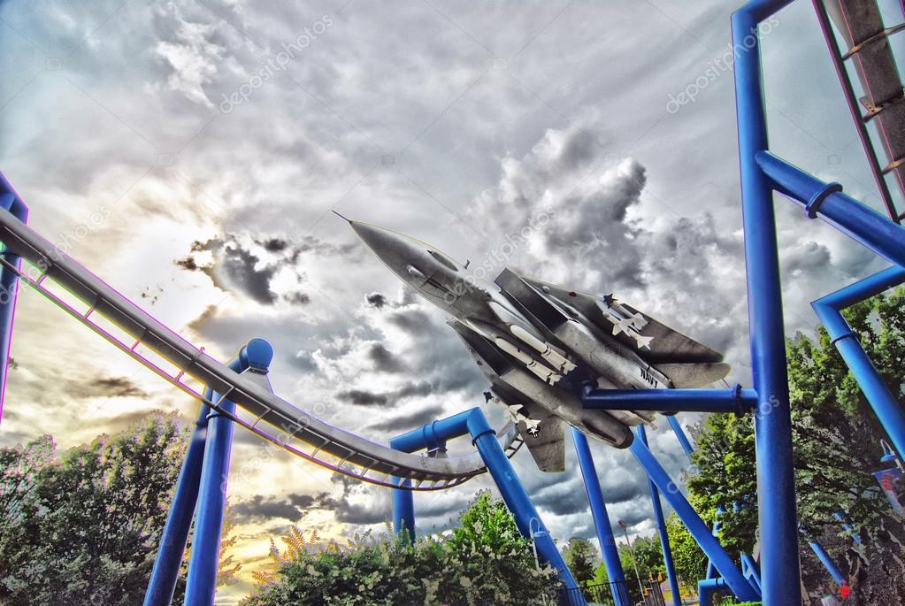 Jet plane rollercoaster