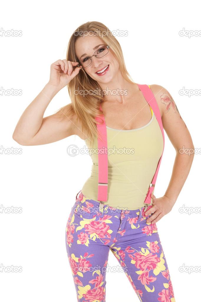 5c62baa75b31 žena šle růžové brýle drží — Stock Fotografie © alanpoulson  33455321