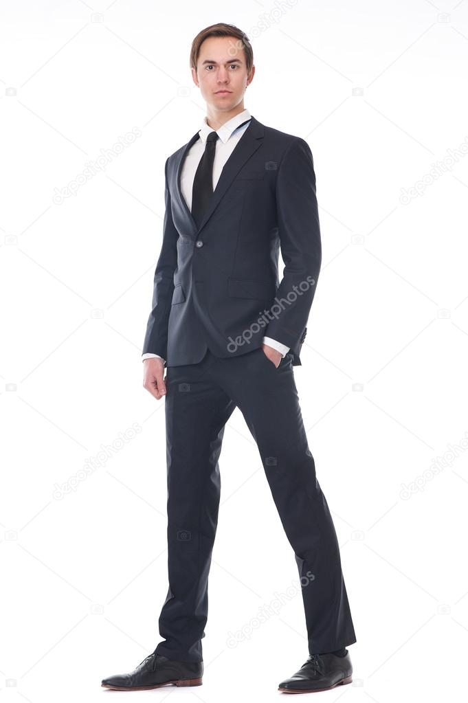 Retrato de cuerpo entero de un hombre de negocios joven guapo en traje negro  — Fotos 01976964882