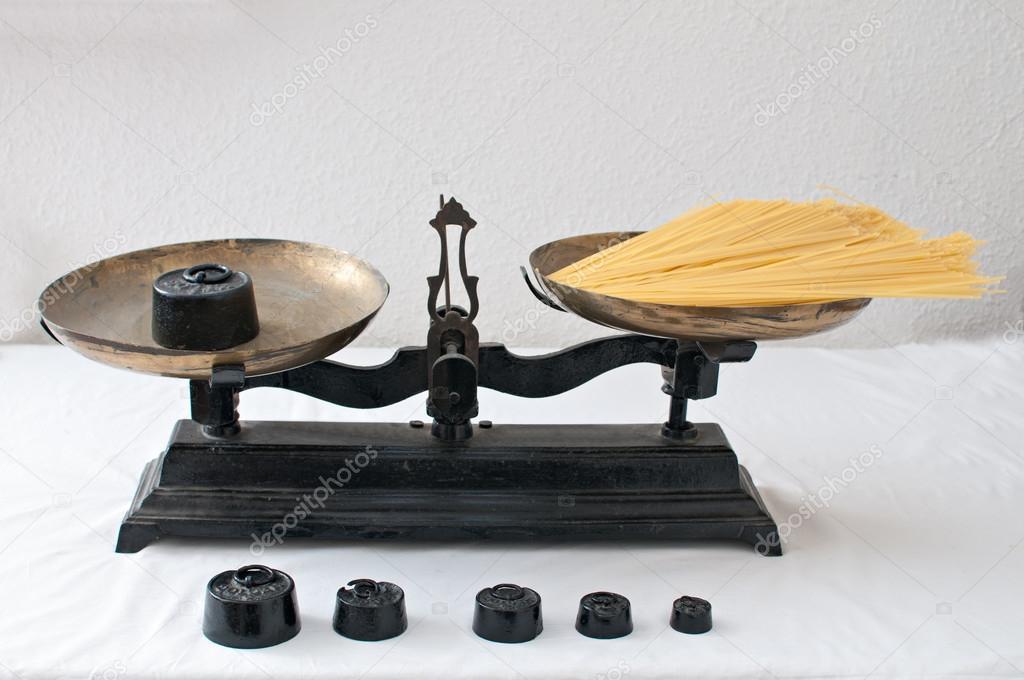 balance ancienne photographie gitanna 32492677. Black Bedroom Furniture Sets. Home Design Ideas