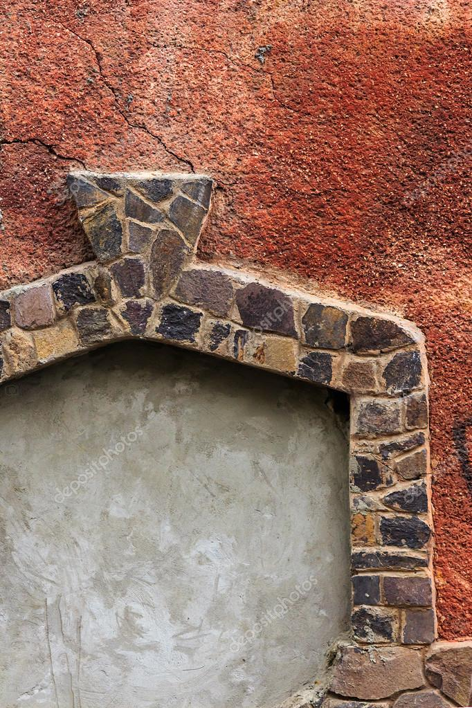 marco de puerta de piedra en textura agrietada rojo — Foto de stock ...