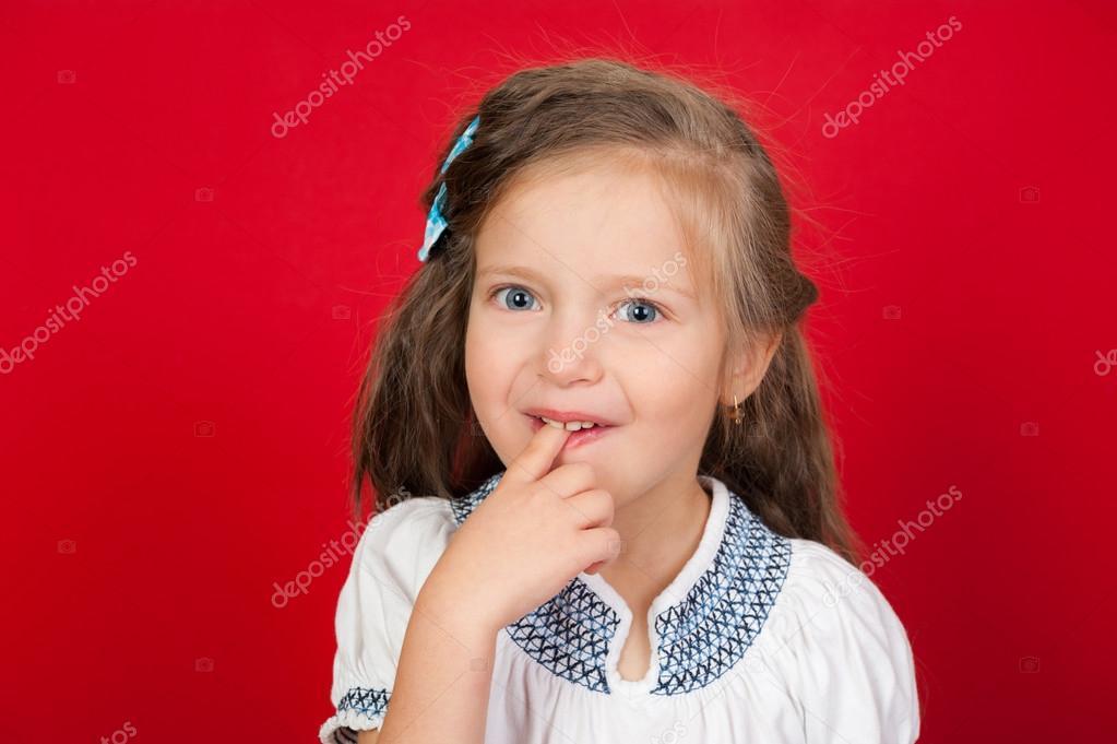 Сексуальная девушка с пальцем во рту фото 373-60