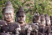 Photo Angkor south door statues