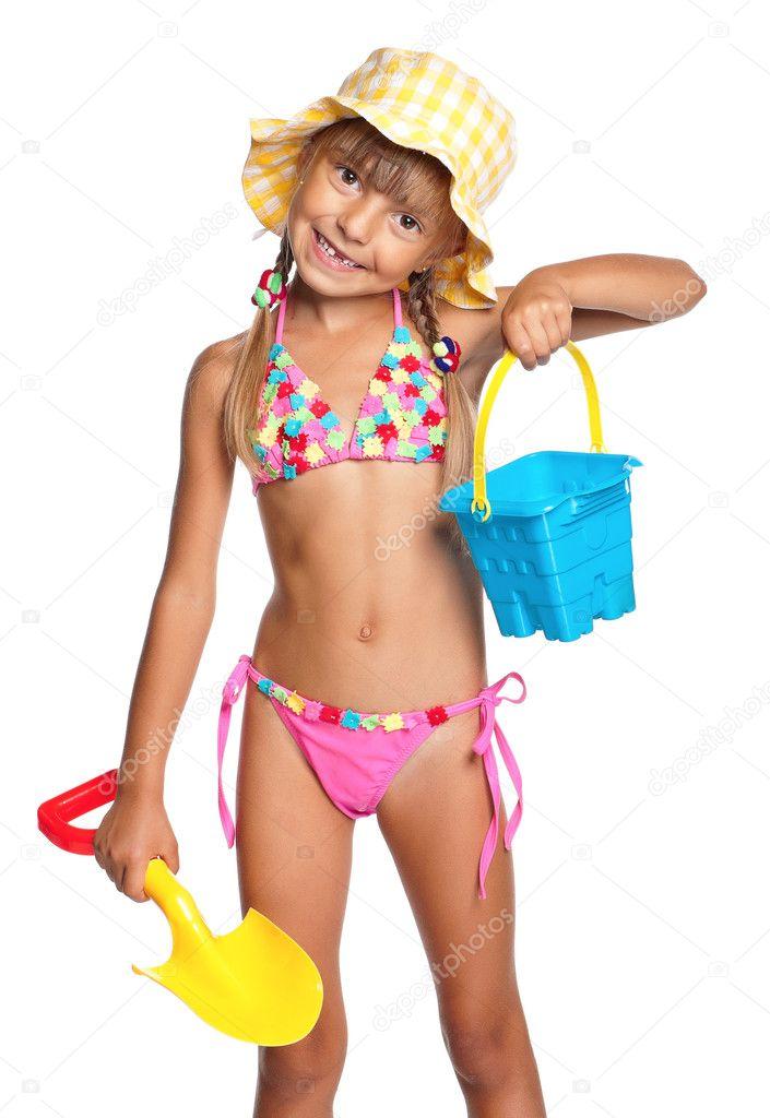 в купальниках девочки фото
