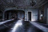 opuštěný dům interiér