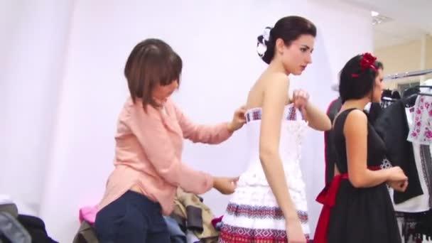 Příprava na módní show