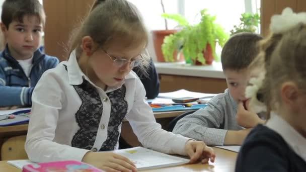 tanulók olvasás tankönyvek