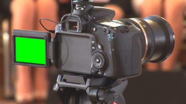 DSLR video with green screen