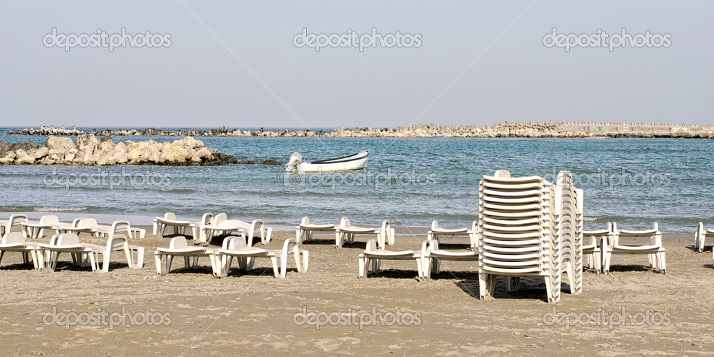 Peachy Boat Beach And Many Lounge Chairs Stock Photo Creativecarmelina Interior Chair Design Creativecarmelinacom
