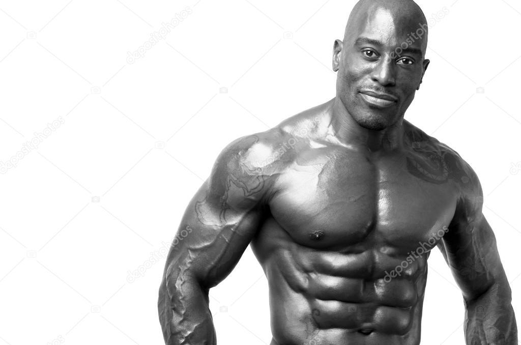 starke Bodybuilder mit six-Pack. starker Mann mit perfekten abs ...