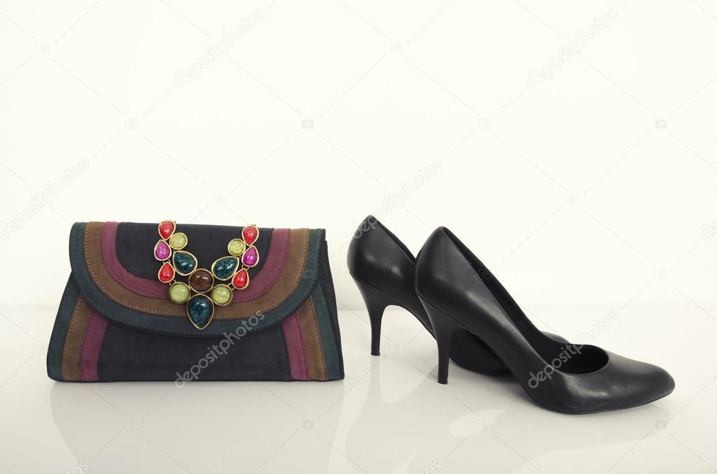 Donna Collana E Con Borsa Nera Alto Un'elegante Tacco Scarpe 7ZWP81C8