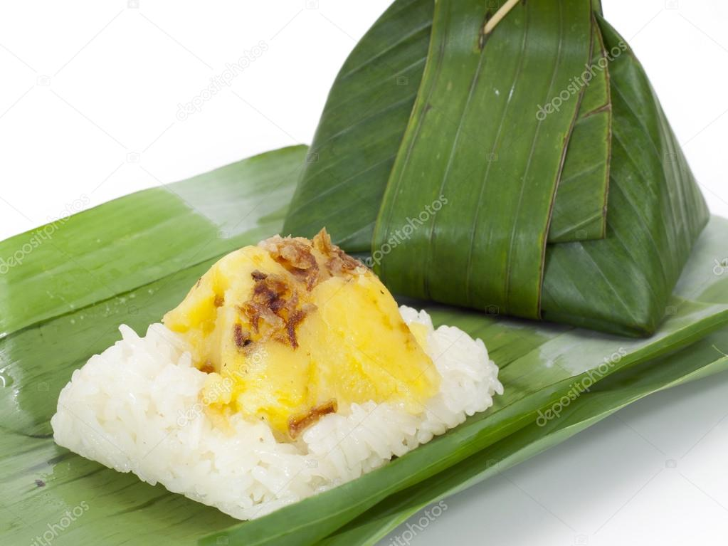 Thai dessert, Sticky rice with steamed custard, wrapped in banan
