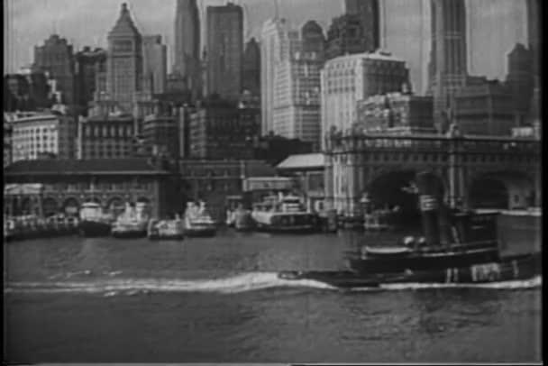 pohled na panorama Manhattanu z řeky hudson