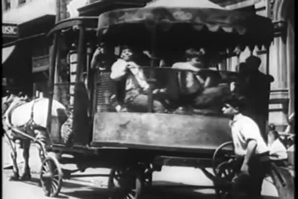 děti palying v central parku, new york city, třicátých let