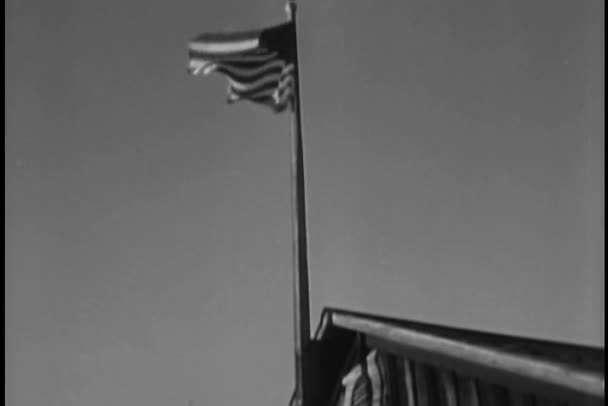 amerikai zászló half-mast