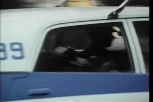 sedmdesátých let policejní auto ulicemi new Yorku