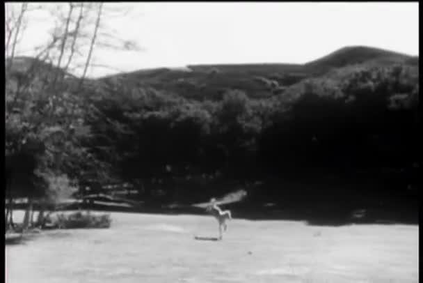 cval přes pole