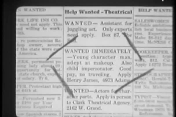Close-up di contrassegnato annuncio nel giornale