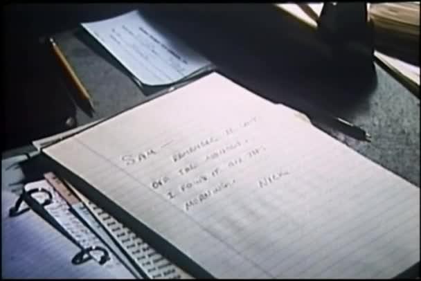 Detailní zápisník na stůl