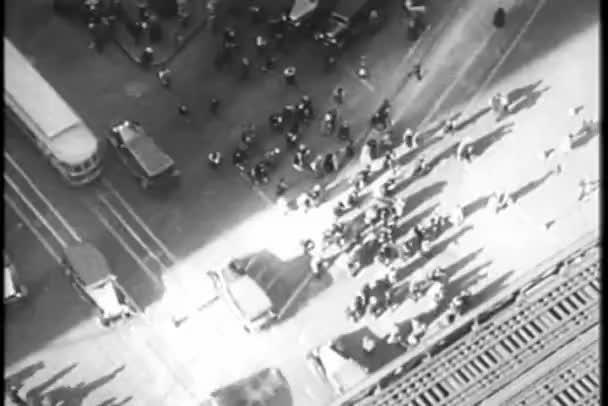 Letecký pohled na frekventované ulice new Yorku, třicátých let