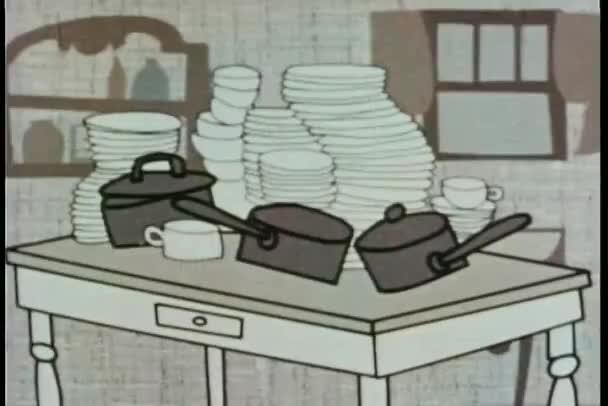 hromady nádobí a hrnce na stole