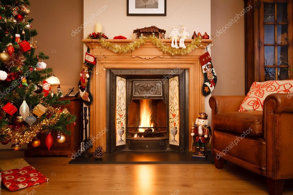 christmas living room. Christmas living room  Stock Photo paulmaguire 13379504