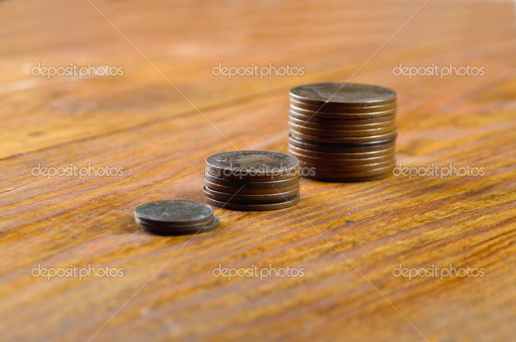 Alte Englische Münzen Auf Einem Holztisch Stockfoto Sementer