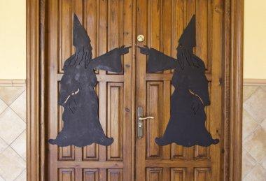 Wizards on door