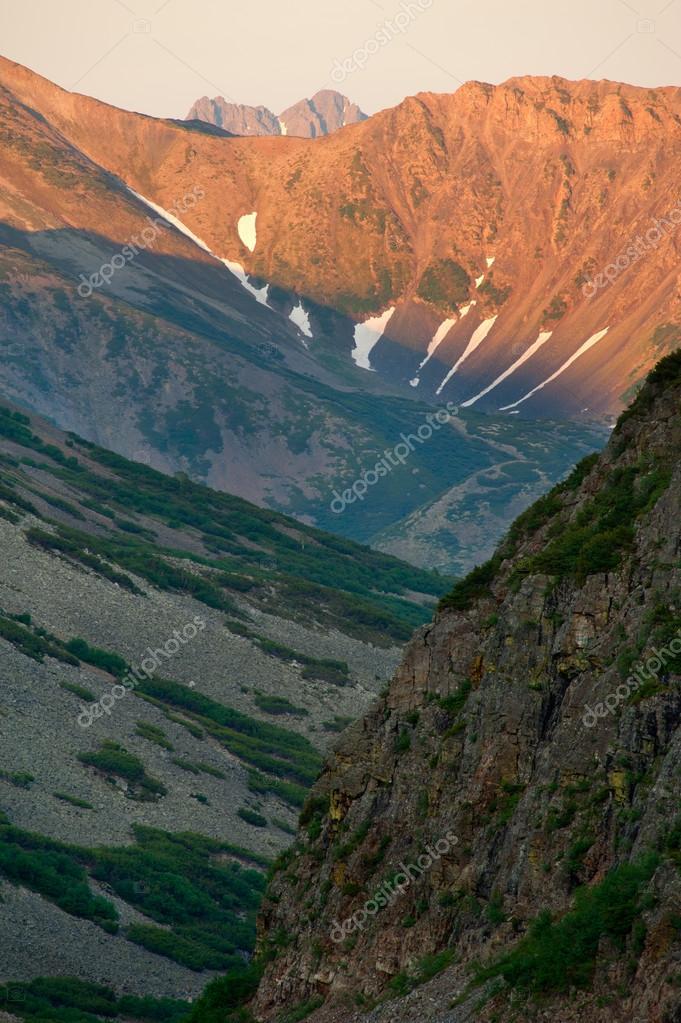 couleur montagne — Photographie AlexeyGnezdilov © #13896751