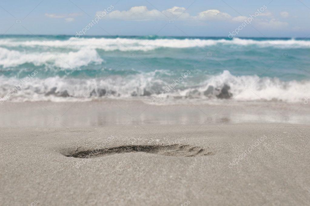footprint on sand beach